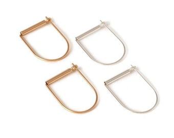 Minimal geometric D- hoop earrings, dainty earrings, minimal earrings