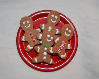 "Set of four gingerbread men cookies with a plate for your 18""/American Girl doll"