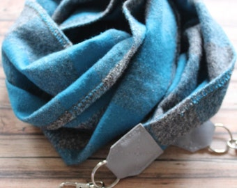 Blue Scottie camera scarf strap