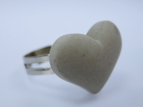 Ring with heart-concrete jewelry unique concrete Heart jewelry Valentine Heart Size Adjustable Grey concrete Jewelry