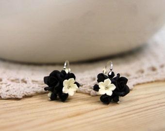 Polymer Clay earrings, handmade Flowers jewelry, floral earrings, flower ball earrings, wedding accessories, black earrings
