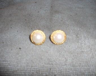 Nice Vintage Pierced Earrings
