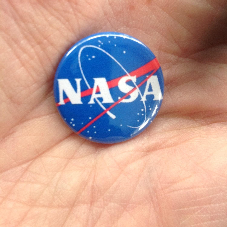 NASA 25mm pin badge. Space exploration. ISS.