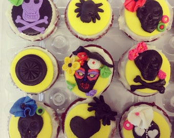 Day of the Death cupcake toppers. 12 Halloween cupcake treat topper. Fondant toppers