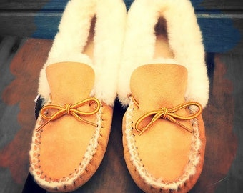 Genuine sheepskin, Native, Hand Sewn Moccasins