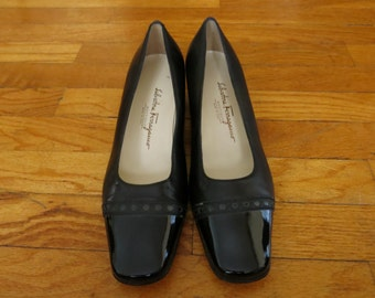 Salvatore Ferragamo High Heels Women's Size 8 C Block Heel Black Leather Patent Cap Toe Brogued Vintage Made in Italy