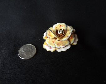 Gorgeous Vintage 1950's Hand Painted Gold Tone Flower Brooch
