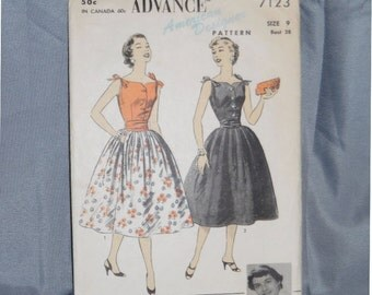 Junior Size 9 Vintage Advance New Look Dress Pattern 7123