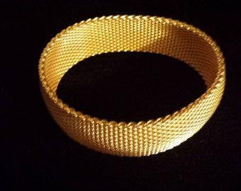 Vintage Gold Tone Woven Mesh Bangle Bracelet