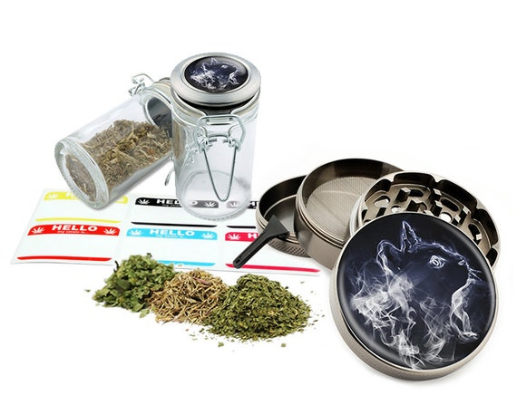 "Smoke Cat - 2.5"" Zinc Alloy Grinder & 75ml Locking Top Glass Jar Combo Gift Set Item # G021615-036"