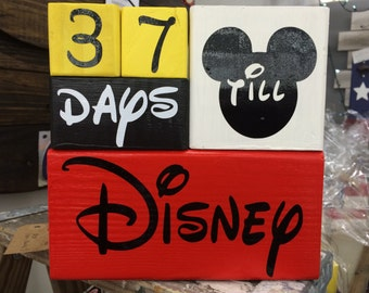 NEW LOWER PRICE!! Disney countdown blocks / Disney Vacation countdown