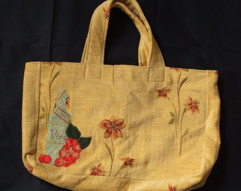 Strong All Purpose Bag with 'Wine & Grapes' Applique Detail and Cotton Calico Lining