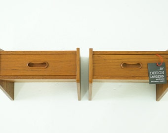 306-071 Danish Mid Century Modern Pair Teak Night Tables Bedside Shelf