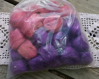 Lot of embroidery thread spools