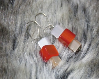 Outstanding vintage, squares, vintage earrings. Red, white