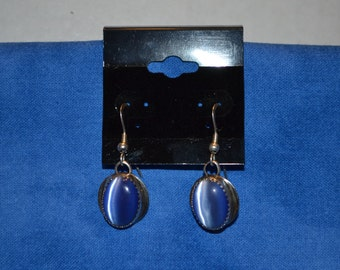 E-019: Vintage 5.1 Solid Silver with Blue Stone Dangle Sterling Earrings
