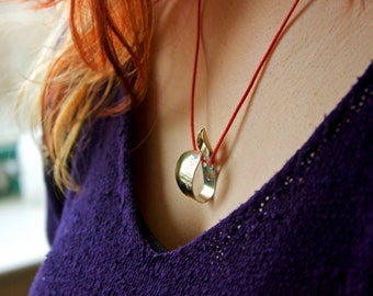 Guitar Pick Necklace (Thumbpick)