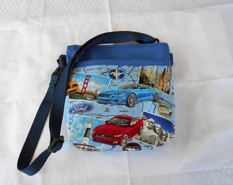Mustang Sports Car Hipster Bag