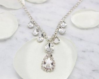 Swarovski necklace, crystal necklace, wedding necklace Tear drop , bridal crystal necklace, teardrop swarovski necklace, sparking necklace
