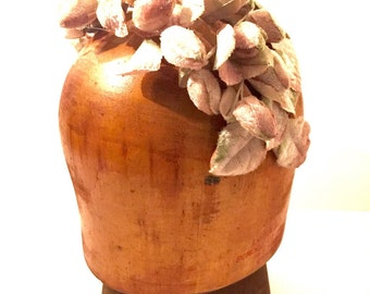 Vintage flower bud 1940s headpiece