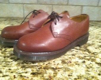 Vintage Dr Marten's Oxford dress shoes