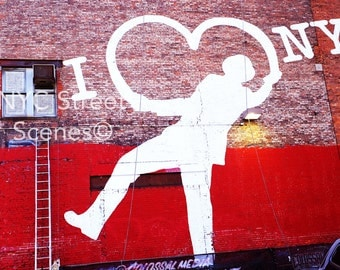 NYC Graffiti - I Love NY©  NYC Street Scenes