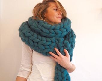 Jade Super Chunky Wool Hand-Knit Scarf