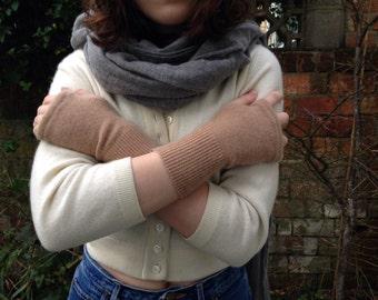 Caramel cashmere  fingerless gloves