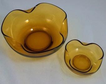 Vintage 1960 - 70's Curved Amber Glass Bowl Set