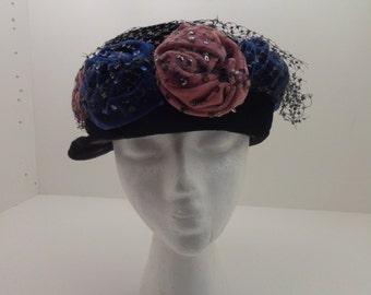 Ladies Vintage Black Velvet Hat