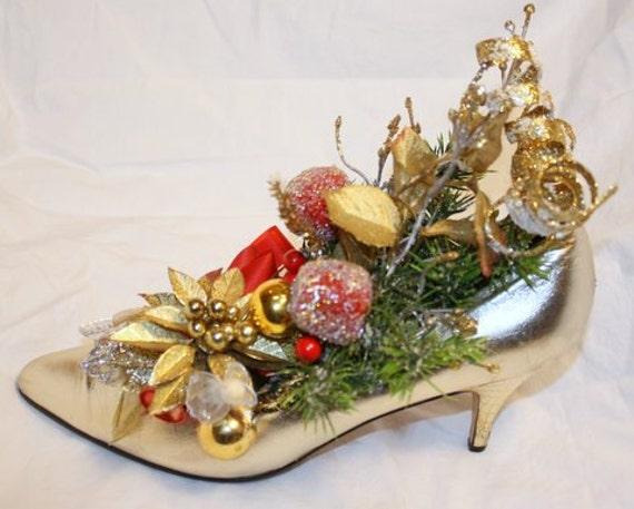 Golden memories shoe christmas gift centerpiece