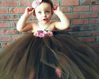 brown flower girl dress, flower girl dress, flower girl tutu dress, flower girl dresses , country wedding, rustic flower girl dress