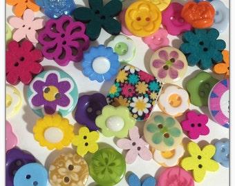 50 Flower buttons, assorted flower buttons, novelty buttons, round buttons, scrapbooking, sewing, crafts
