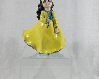 Vintage Holland Mold Figurine