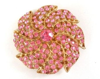 Large Vintage Pink Rhinestone Flower Brooch Pin Gold Tone Round Costume Jewelry