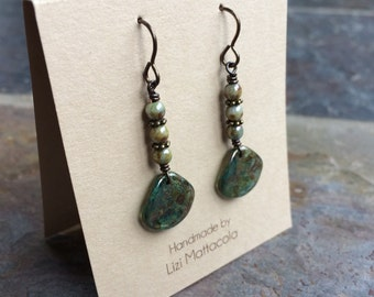 Earthen green drop earrings