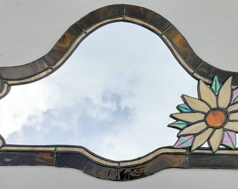 Stained glass mirror.Hanging wall mirror.Glass suncatcher.Victorian home decor.Floral wall decor.Vintage style.Sunflower mirror