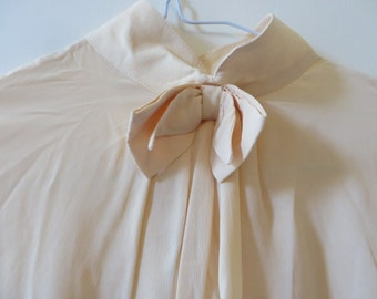 Vintage Cream Silk Blouse with Turtleneck and Bow