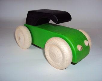 Green wood type 2cv car