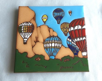 Colorful Hot Air Balloon Trivet // Tile Trivet // Ceramic Trivet  // Hot Air Balloon Decor // 1990s