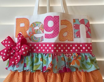 Ruffled tote bag personalized