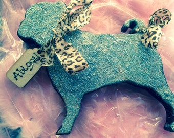 Free standing glitter dogs