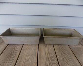 Set of 2 Vintage Metal Heavy Bread Pans Meat Loaf Baking Pans with Envelope Folded Ends