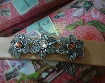 Leather Jewelry - Flower Cuff