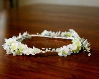 Tiny White Flowers Wreath