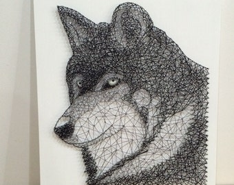String Art Wolf with glow in the dark eyes