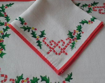 Vintage Christmas Placemats and Napkins