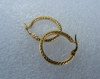 Sale Gold Hoop in 9k yellow gold-Small hoop on sale-Hoop for everyday wear