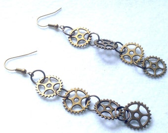 Wheels toothed Bronze earrings
