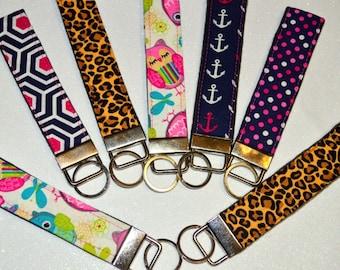 Modern Keyfob, Keyfob wristlet, Key Chain, Key Holder, Key fob, Fabric Keyfob, Felt, Key ring, Handmade. Handcrafted.